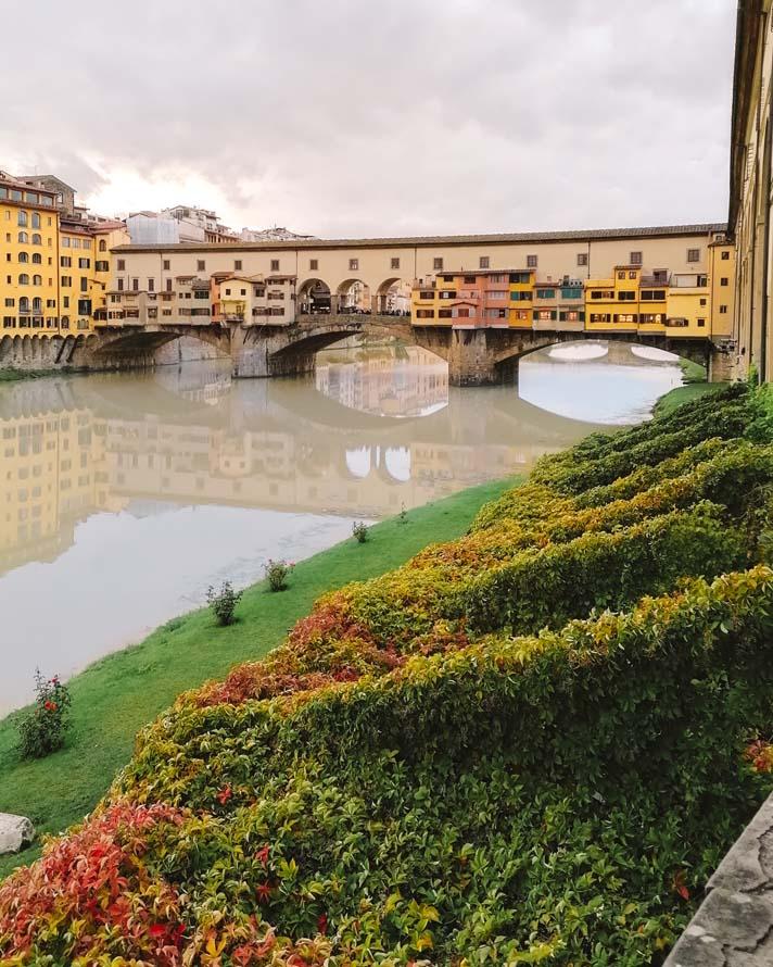 Ponte Vecchio Florenz Italien Sehenswuerdigkeit