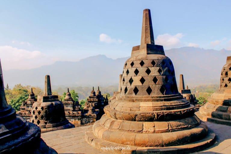 Aussicht vom Borobudur Tempel in Yogyakarta, Java, Indonesien