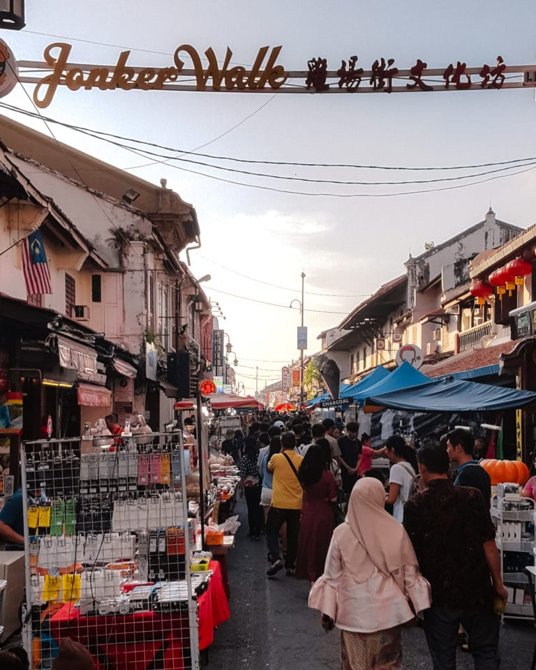 Jonker Walk, Straße in Melaka mit Ständen und vielen Menschen