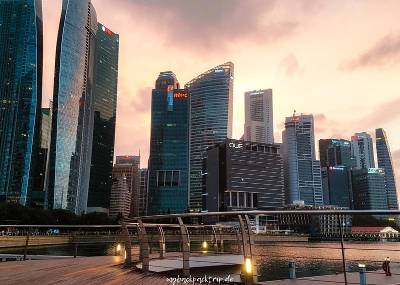 Singapur Skyline Reisetipps Sehenswuerdigkeiten
