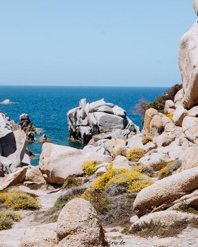 Felsformationen an der Meerküste
