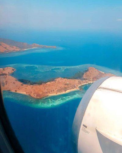 Sicht auf Flores vom Flugzeug aus