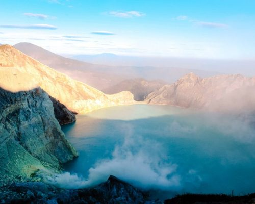 Vulkankrater Ijen auf Java, Indonesien